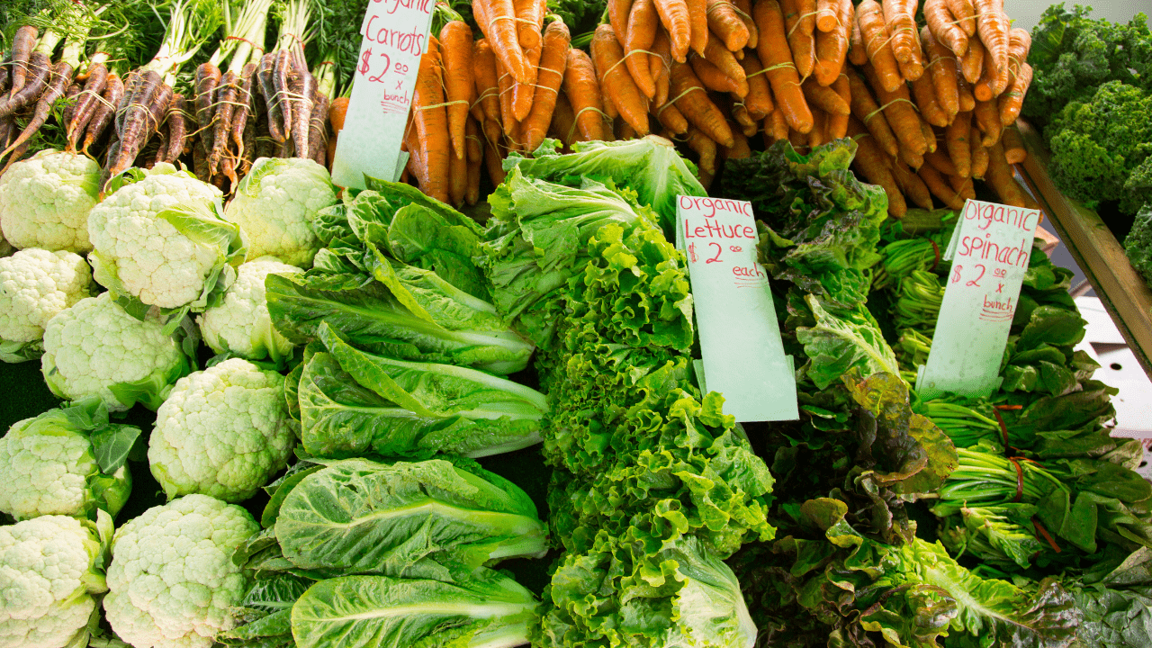 Kale (Karam Saag), cauliflower, spinach, and pulses